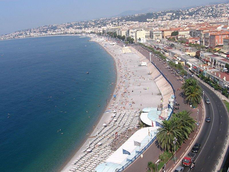 Пляжи Ниццы, вид с Замковой горы