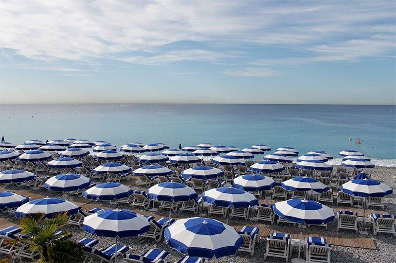 Платные пляжи в Ницце
