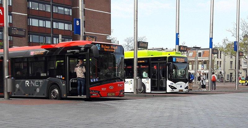 Общественный транспорт в Амстердаме. Региональные автобусы Connexxion, EBS
