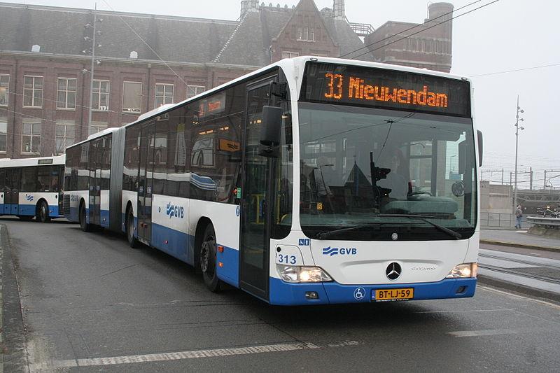Общественный транспорт в Амстердаме. Автобус