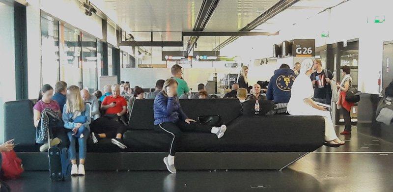 Зал вылетов G в аэропорту Вена