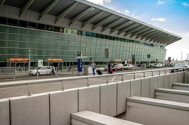 Пересадка в аэропорту Варшавы